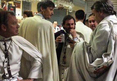 Los hermanos de La Macarena no saldrán la próxima Semana Santa si no abren los bares a partir de las 2:00