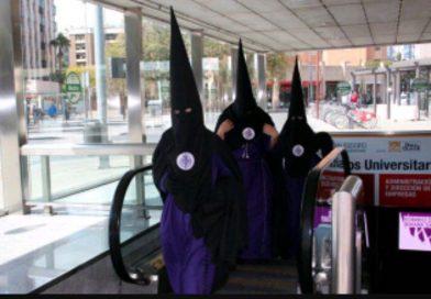 Vitolo, el padre de Vitolo y el agente de Bahía saliendo para el aeropuerto destino Madrid